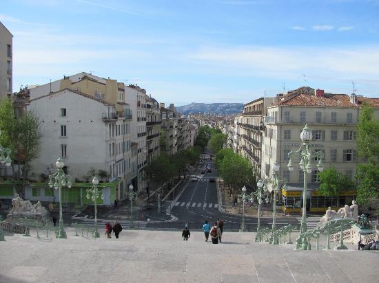 Localisation - Distance gare saint charles port marseille ...